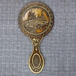 """Зеркало с ручкой """"Сторожевский монастырь"""" ворота"""