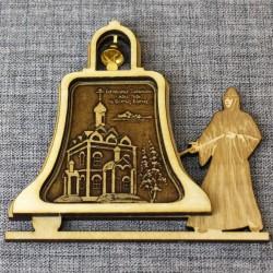"""Магнит из бересты монашка с колокольчиком """"Богородице-Табынский жен"""
