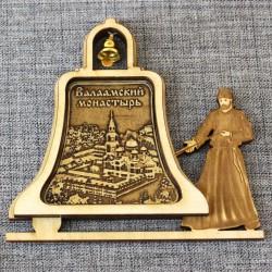 """Магнит из бересты монах с колоколом """"Валаамский монастырь""""Валаам"""
