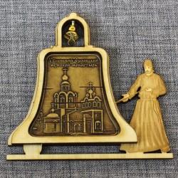 """Магнит из бересты монах с колоколом """"Успенский Орловский мужской монастырь"""""""