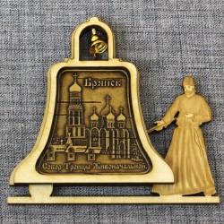 """Магнит из бересты монах с колоколом""""Собор Троицы Живоначальной"""