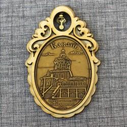 """Магнит из бересты овал с колоколом """"Петропавловский Каферальный собор"""