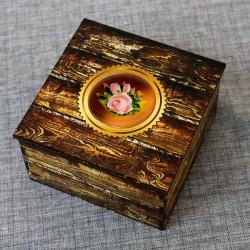 """Шкатулка из дерева со смолой """"Розы"""""""
