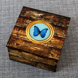 "Шкатулка из дерева со смолой ""Бабочка"""