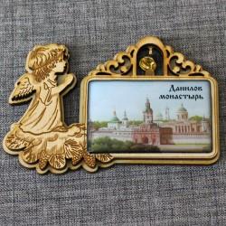 """Магнит из смолы прямоугольный ангел с колокольчиком """"Данилов монастырь"""""""