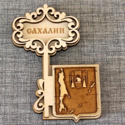 """Магнит из бересты ключ """"Герб-Карта"""""""