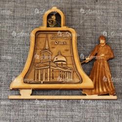 """Магнит из бересты монах с колоколом """"Никольский Казачий собор"""""""