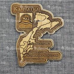 """Магнит из бересты с золотом резной""""Карта+герб""""Камчатка"""