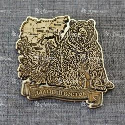 """Магнит из бересты с золотом резной """"Медведь+шишки +карта"""" Дальний Восток"""