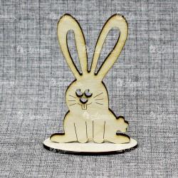 Заяц на подставке вид 3