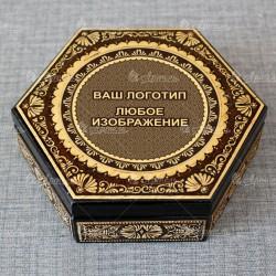 Шестиугольник деревянный с берестой